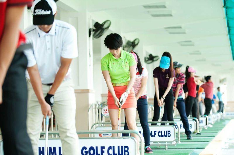 Hà Nội dừng hoạt động vui chơi thể thao, tập trung đông người