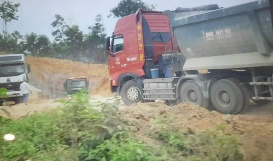 Phú Thọ: Chính quyền khó xử với doanh nghiệp ngang nhiên xúc trộm tài nguyên