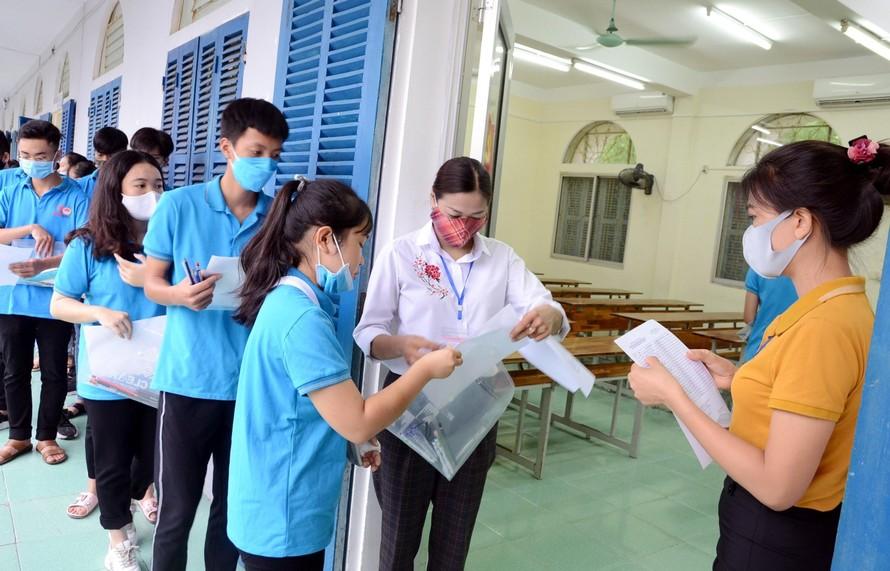 TPHCM: Thi tốt nghiệp THPT xong sẽ tổ chức thi vào lớp 10