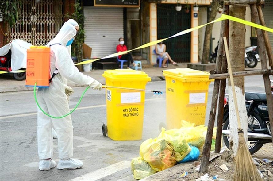 TP.HCM quyết liệt xử lý rác thải tại khu cách ly tập trung