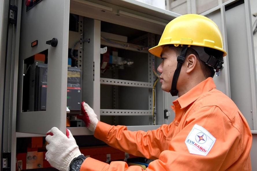 Hỗ trợ giảm tiền điện cho khách hàng bị ảnh hưởng của dịch COVID-19