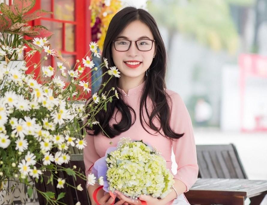 Hoàng Lê Diệu Hường được nhiều trường đại học nổi tiếng thế giới trao tặng học bổng nghiên cứu sinh Tiến sĩ