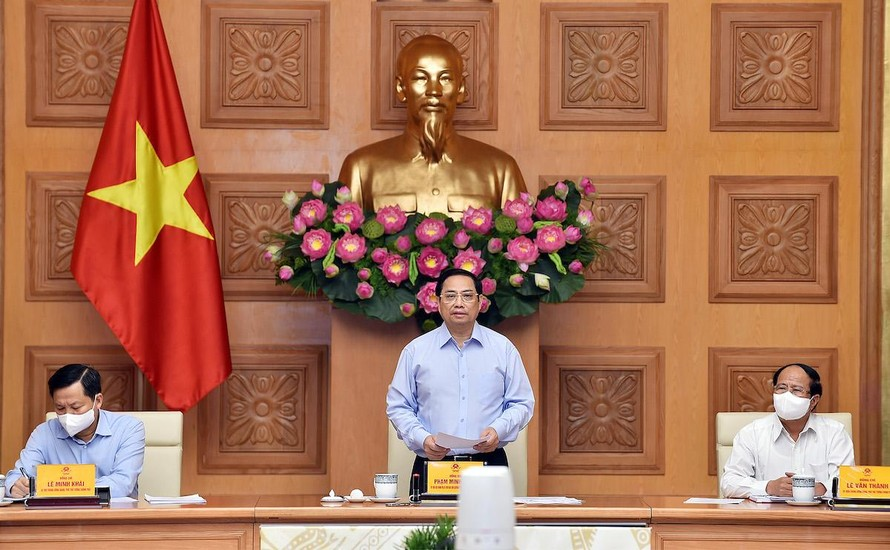 Thủ tướng Phạm Minh Chính phát biểu tại hội nghị gặp gỡ doanh nghiệp, hiệp hội doanh nghiệp sáng 8/8.