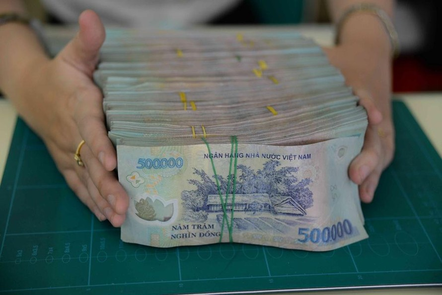 6 tháng đầu năm 2021 tổng trả nợ của Việt Nam là hơn 230 nghìn tỷ đồng