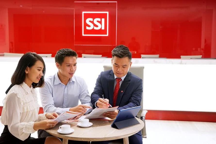 SSI chào bán thêm gần 329 triệu cổ phiếu ra công chúng