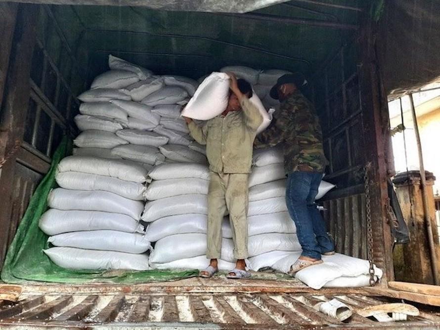 Xuất gạo dự trữ quốc gia để cứu trợ khẩn cấp cho người dân. (Ảnh minh hoạ)