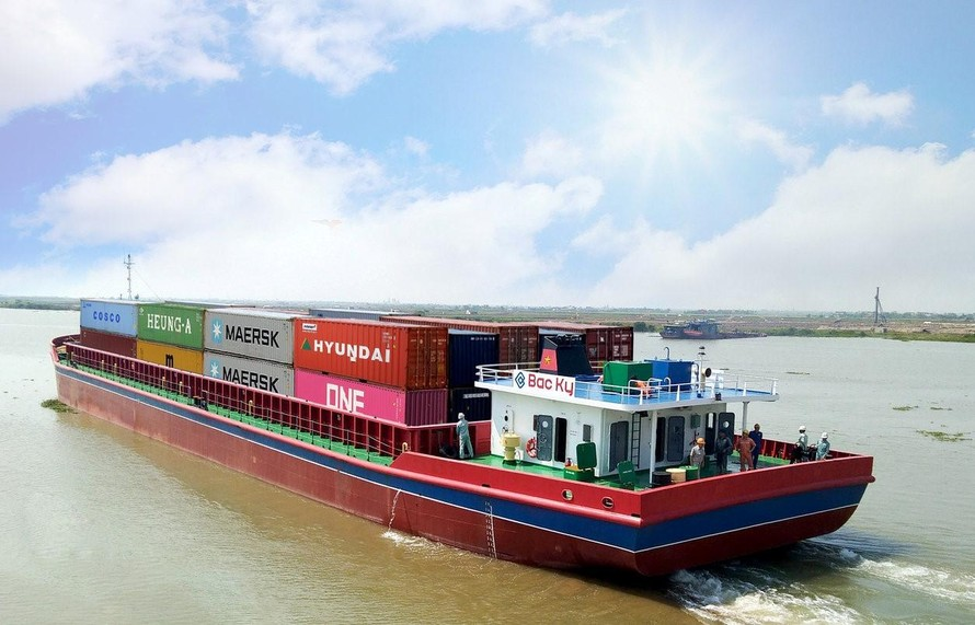 Hướng dẫn tạm thời về vận tải đường thủy nội địa, hàng hải