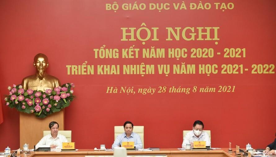 Thủ tướng: Con người là trung tâm, chủ thể, nguồn lực quan trọng nhất và mục tiêu của sự phát triển