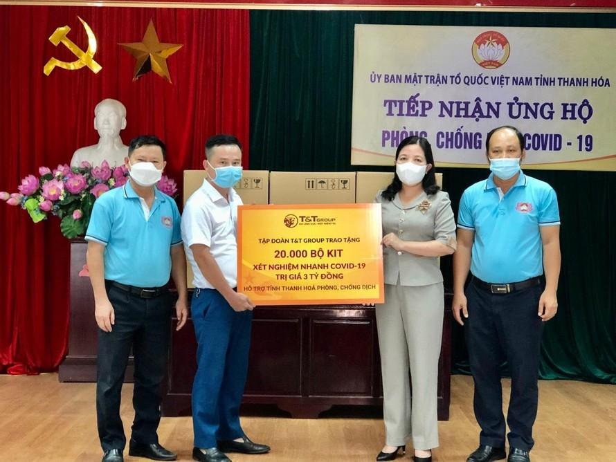 T&T Group trao tặng 50.000 bộ kit xét nghiệm nhanh COVID-19 cho Thanh Hoá và Kiên Giang
