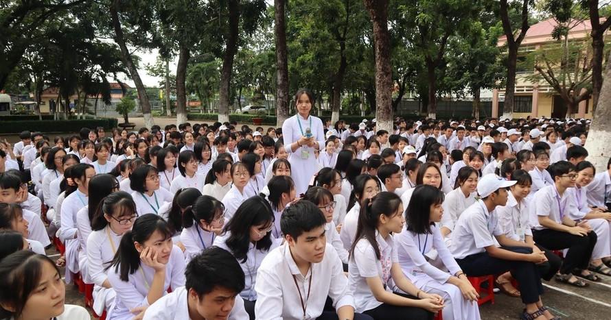 Bình Phước: Học sinh vùng sâu không có thiết bị học trực tuyến