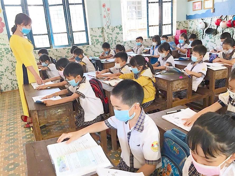 Bộ GD-ĐT: Tổ chức dạy - học phù hợp để ứng phó với dịch