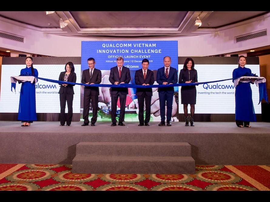 Công bố giải thưởng Cuộc thi Thử thách đổi mới sáng tạo Qualcomm Việt Nam