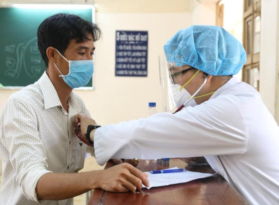 43,9% người từ 18 tuổi trở lên được tiêm ít nhất 1 liều vaccine