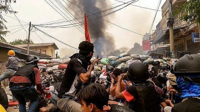Các nhà chức trách Myanmar sẽ thả 23.184 tù nhân từ các nhà tù trên khắp đất nước. (Ảnh: Báo Quốc tế/AFP)