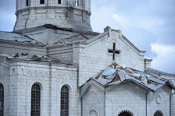 Vụ đánh bom Nhà thờ Ghazanchetots của Azerbaijan (Ảnh: Asbarez)