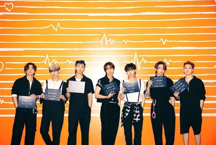 Hai ngân hàng Shinhan và Kookmin cạnh tranh trong việc tận dụng 'cơn sốt' BTS