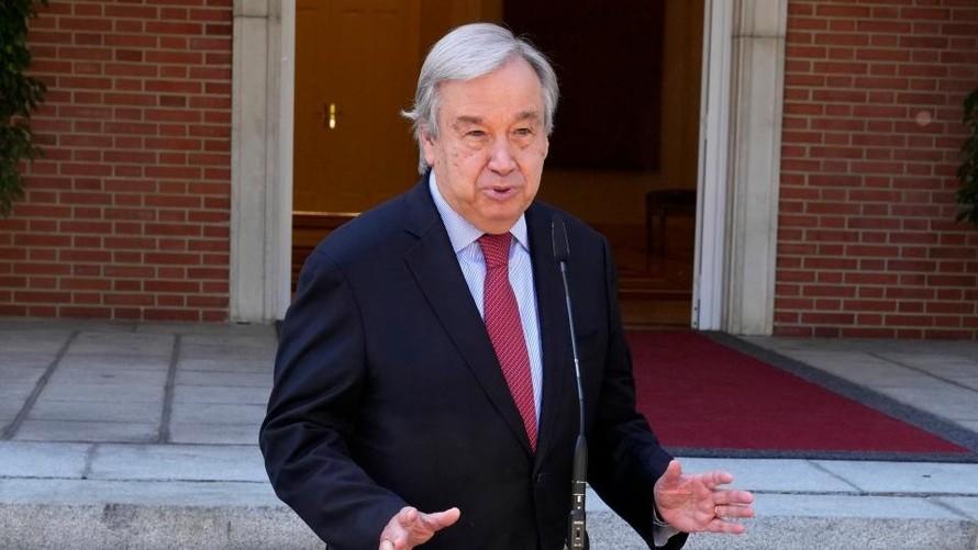 Tổng thư ký Liên Hợp Quốc Antonio Guterres phát biểu trong một cuộc họp báo tại Madrid, Tây Ban Nha, ngày 2/7/2021. Ảnh Paul White