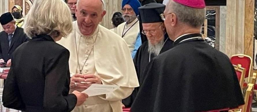 Giáo hoàng Francis và các lãnh đạo tôn giáo trò chuyện với UNESCO nhân Ngày Nhà giáo Thế giới 5/10