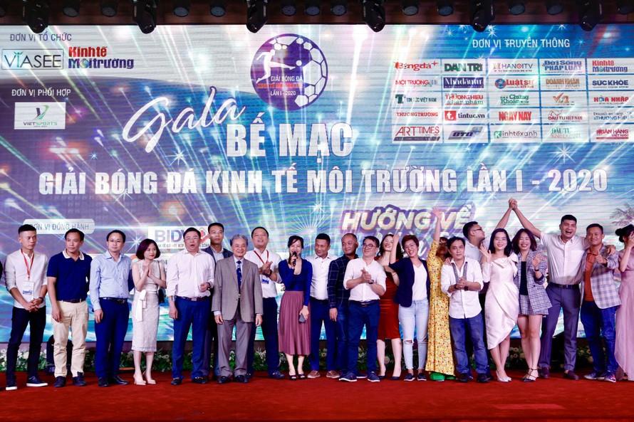 Gala Bế mạc Giải Bóng đá Kinh tế môi trường lần thứ I – 2020 hướng về miền Trung thân yêu