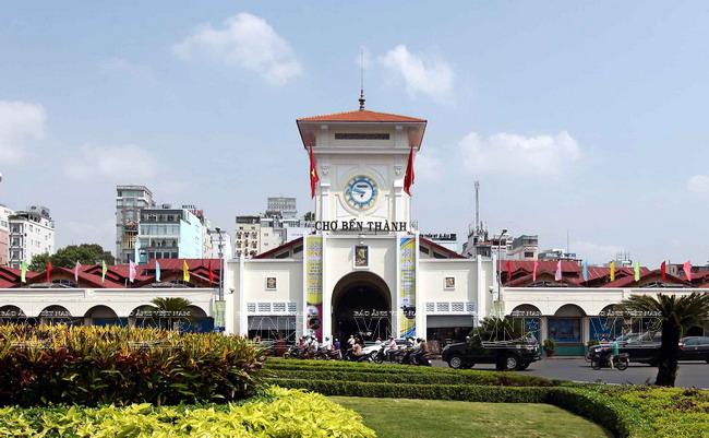 Chợ Bến Thành là biểu tượng văn hóa, mang dấu ấn lịch sử, tồn tại trong ký ức, tâm hồn của người dân TP Hồ Chí Minh. Ảnh: TTXVN