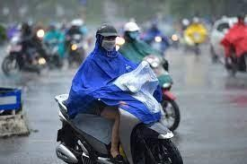 Nhiều khu vực tiếp tục có mưa dông về chiều tối và đêm