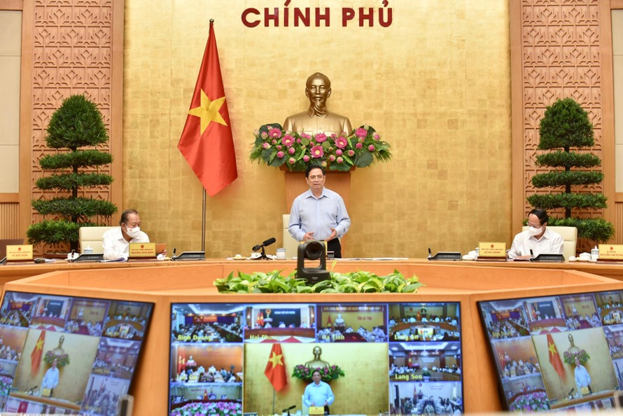 Thủ tướng Chính phủ Phạm Minh Chính phát biểu kết luận tại cuộc họp trực tuyến về phòng, chống dịch COVID-19. Ảnh: VGP/Nhật Bắc