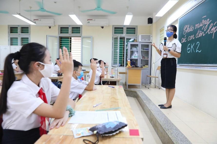 Một tiết học của cô và trò trường THCS Trưng Vương, quận Hoàn Kiếm, Hà Nội.Ảnh minh hoạ: Thành Đạt/TTXVN