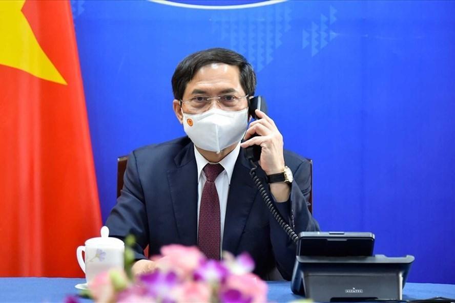 Bộ trưởng Bộ Ngoại giao Bùi Thanh Sơn làm Tổ trưởng Tổ công tác của Chính phủ về ngoại giao vaccine