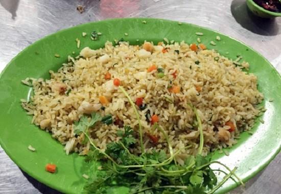 Nha Trang: Nhà hàng 'chặt chém' khách phớt lờ lệnh đình chỉ
