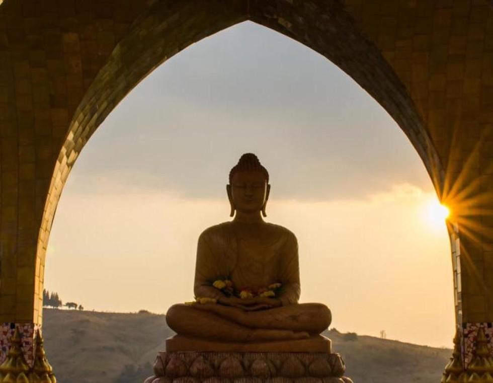 """Phật dạy: """"Thế gian có năm việc tuyệt chẳng thể được"""""""