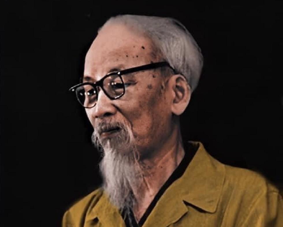 Nhận rõ những giá trị cao đẹp của giáo lý nhà Phật, có sự gần gũi, gặp nhau với tư tưởng lớn trên cùng một quan điểm, Hồ Chí Minh bao giờ cũng nhìn Phật giáo với một thái độ trân trọng vì hướng đến cái chân thiện mỹ.